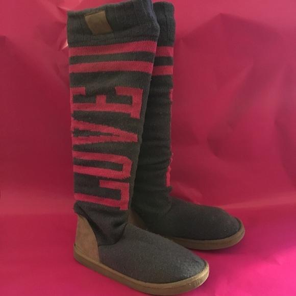 52d6c60073 Victoria s Secret Pink Knit Sweater Boots. M 5c315f608ad2f9555bd63dcb